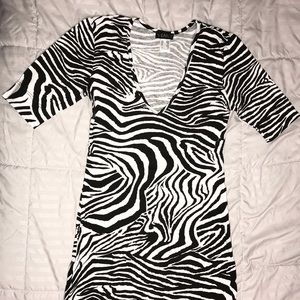Venus zebra dress size XS